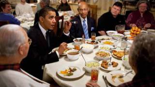 Repeat youtube video Raw Footage: President Obama's Surprise Lunch Stop