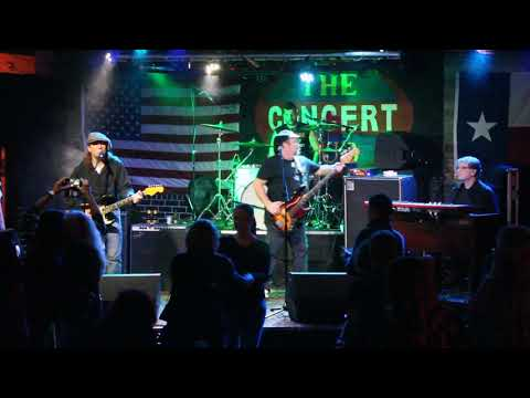 Texas Flood (Stevie Ray Vaughan Tribute ) Performs At The Concert Pub North (1 Of 2)  11/10/2018