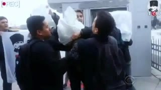 Video shows U.S. sailors attacked by Turkish mob