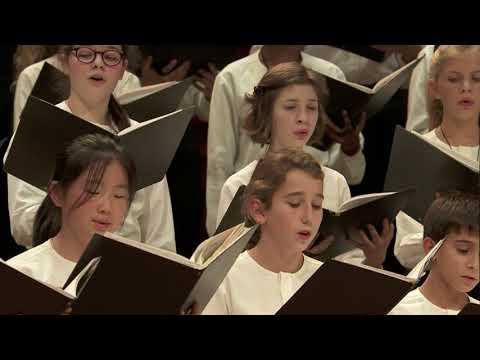 """Fauré : """"Cantique de Jean Racine"""" conducted by Sofi Jeannin"""