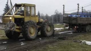 2009-03-06 r.   LKT- 81 TURBO  ( Profesjonalista  Ciągnika  Leśnego ) wyciąganie DAFA - 24 tony