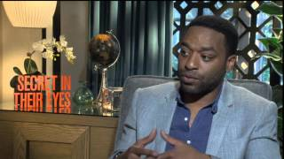 Chiwetel Ejiofor Talks about Julia Roberts and Nicole Kidman