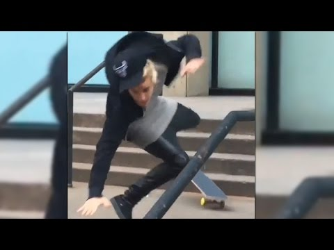 Justin Bieber FALLS Skateboarding in NYC! #Fail
