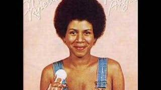 Watch Minnie Riperton Every Time He Comes Around video