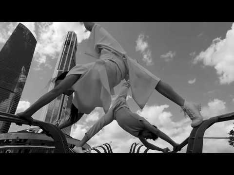"""Невероятный флэшмоб в столовке. Музыканты - Боги Импровизациииз YouTube · Длительность: 6 мин31 с  · Просмотров: 401 · отправлено: 18-12-2016 · кем отправлено: Театр импровизации Михаила Пайкина """"На Весу"""""""