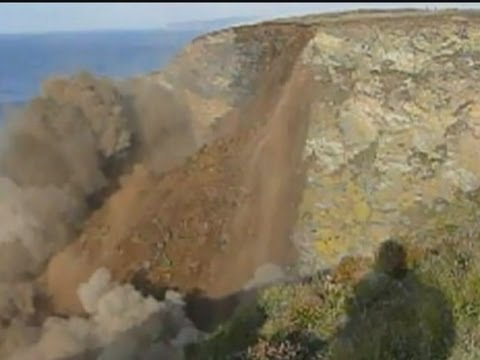 CLIFF COLLAPSE: Dramatic coastal erosion in Cornwall