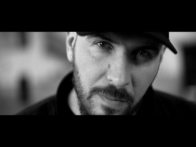 O.S.T.R. - Monochrom, feat. Green, prod. Killing Skills