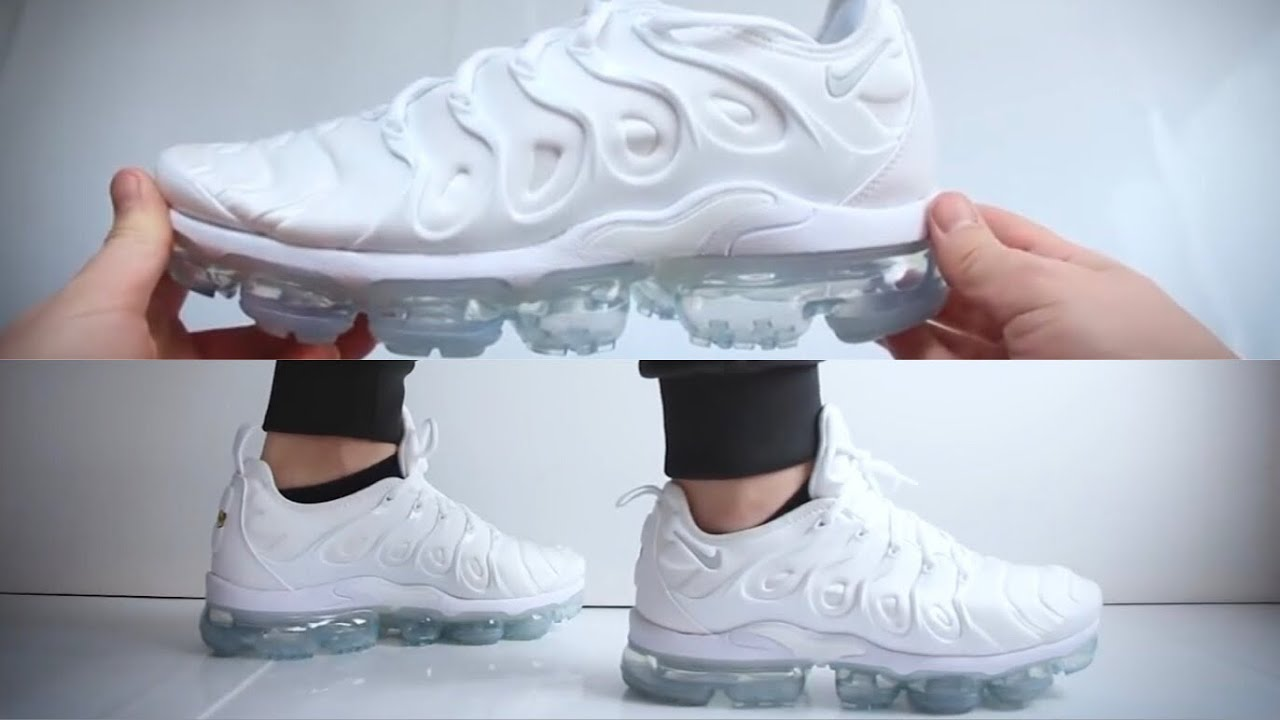 pretty nice dbc5b 680ca Nike Air Vapormax Plus Triple White UNBOXING & ON FEET