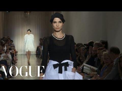 Fashion Show – Giambattista Valli: Fall 2011 Couture