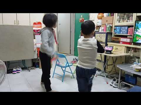 Heidi & Lucas Dancing Competition Round 1