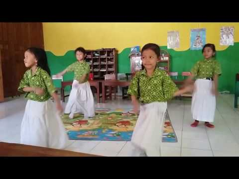 Fanesa  menari tari yale  yale
