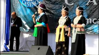 Maiv Tooj Yig in Hmong Fresno New Year Jan 1, 2017