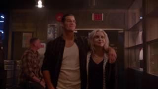 IZombie 2x15 - Liv And Drake At The Snake Eye