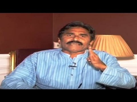 Former Pak cricketer Miandad calls for all-out war against India