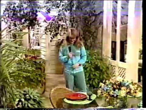 Lisa Welchel w/Jim & Tammy Bakker (1984)