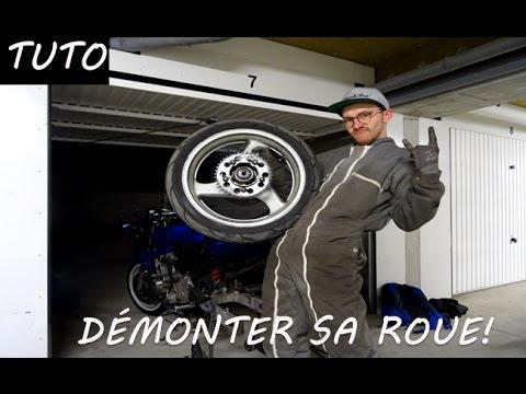 tuto d monter la roue de sa moto hornet 600 2001 youtube. Black Bedroom Furniture Sets. Home Design Ideas