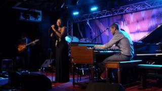 Lizz Wright - Blue Rose / New Game / Mystic (New Morning - Paris - July 15th 2016)