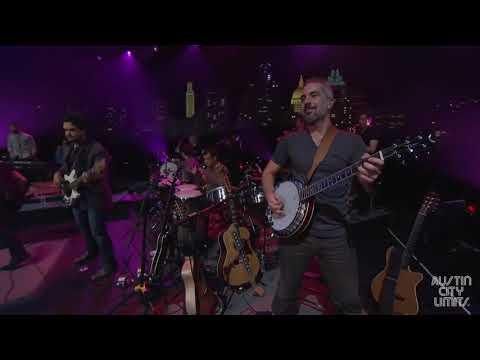 Juanes - Me Enamora En Vivo desde Austin City Limits