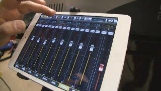 SM Pro Audio uMix Дешевый цифровой микшер - отличное решение для репетиций и концертов живых групп(http://www.pop-music.ru/announ.php?id=2190 Австралийская компания SM PRO AUDIO на выставке Musikmesse 2014 анонсировала выпуск новой серии., 2014-04-14T04:09:23.000Z)