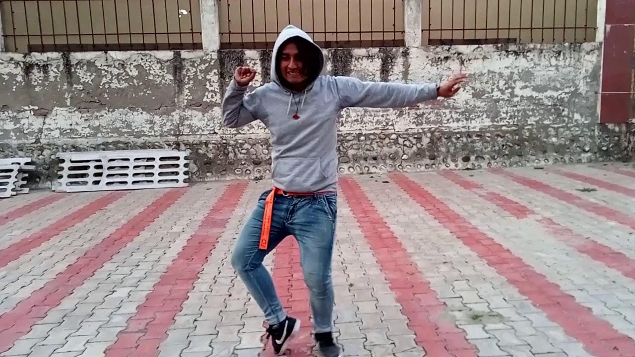 Himan dance on Phir se machenge by Emiway bantai
