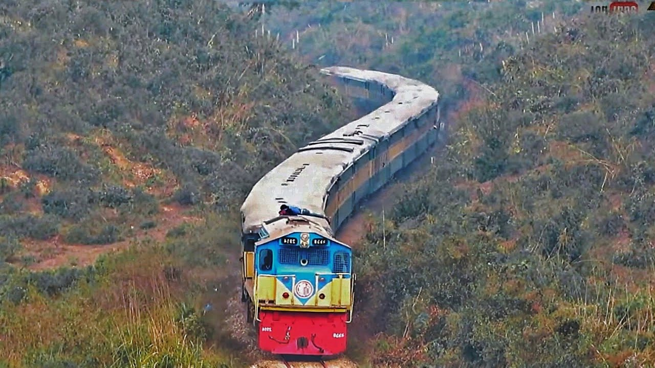 Train Climbing on Hill || Sylhet Dhaka Train | Jayantika Express|| S Curve|| Srimongol Forest??