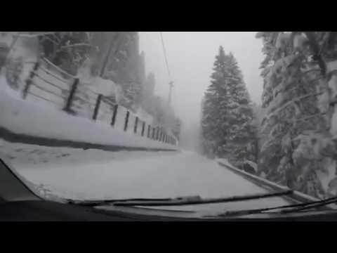 Strada campodolcino madesimo sotto la neve
