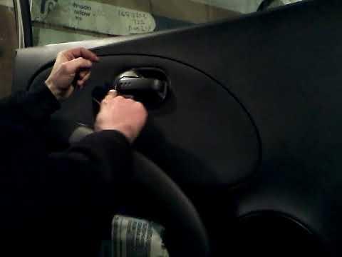 Как снять обшивку карту передней двери NISSAN MICRA /demontaz Boczka Drzwi Przod/door Panel Removal