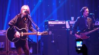 Learning to Fly- Tom Petty and the Heartbreakers