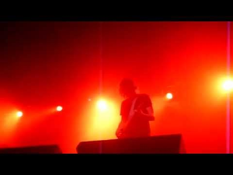 Jamie Cook Angle (Arctic Monkeys) - Dangerous Animals [live at Soma San Diego 9/16/2009]