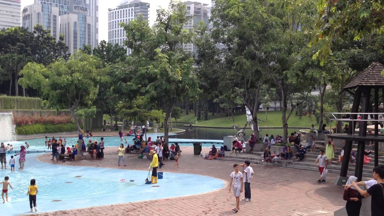 Free public swimming pool by the klcc park kuala lumpur - Homestay in kuala lumpur with swimming pool ...