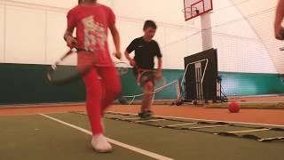 Детская тренировка по теннису. Обучаемся весело и эффективно!