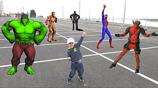 Танцы с СУПЕРГЕРОЯМИ  Халк Бэтмен Человек паук Дэдпул Железный человек  ФЛЕШМОБ