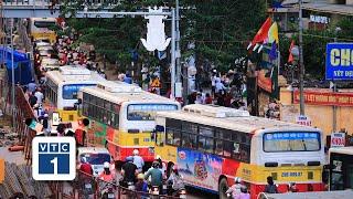Hà Nội: Tranh cãi phân làn đường cho xe buýt