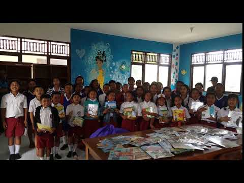 Another school Library in Bali!