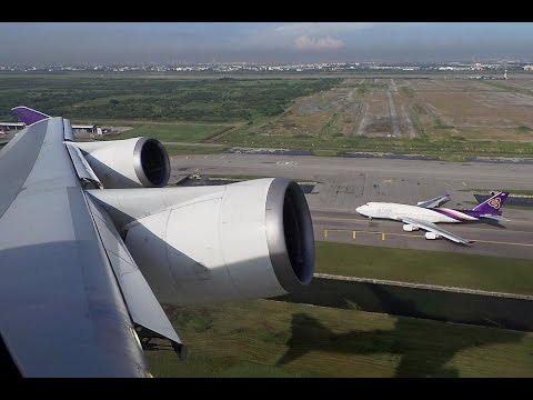 Amazing takeoff and landing wing views onboard Thai Airways B747-400