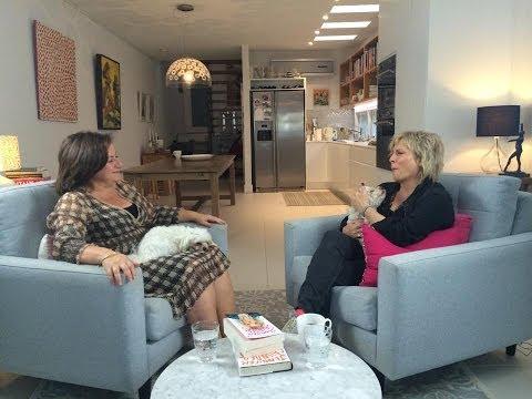 Jennifer Saunders interview on Better Reading TV
