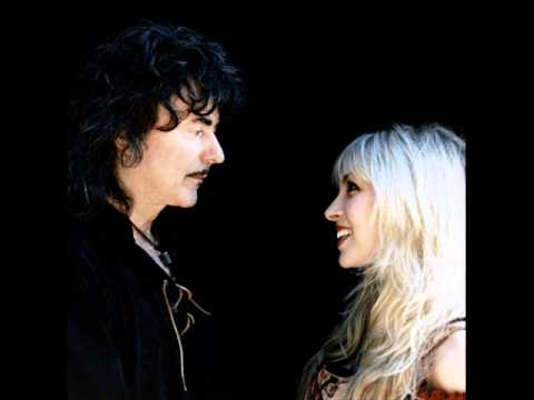 ~Can't Falling In Love by Blackmore's Night~