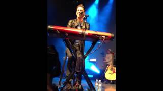 Andy Grammer - Keep Your Head Up {{LIVE}} Front Row - Boston