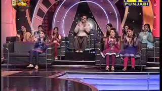 Sonali Dogra perform akhiyan udik diyan
