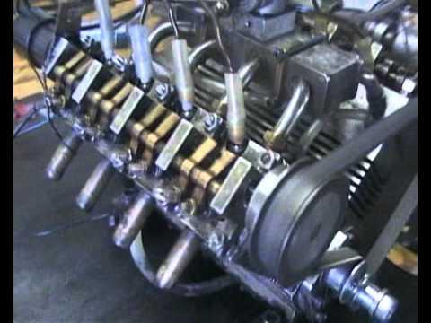 V8 motor model 50ccm - YouTube