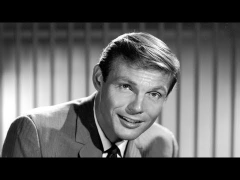 Unknown Shocking Facts About Adam West || Pastimers