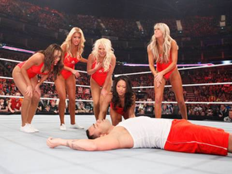 Raw: Divas Baywatch Babe Triple Threat Tag Match