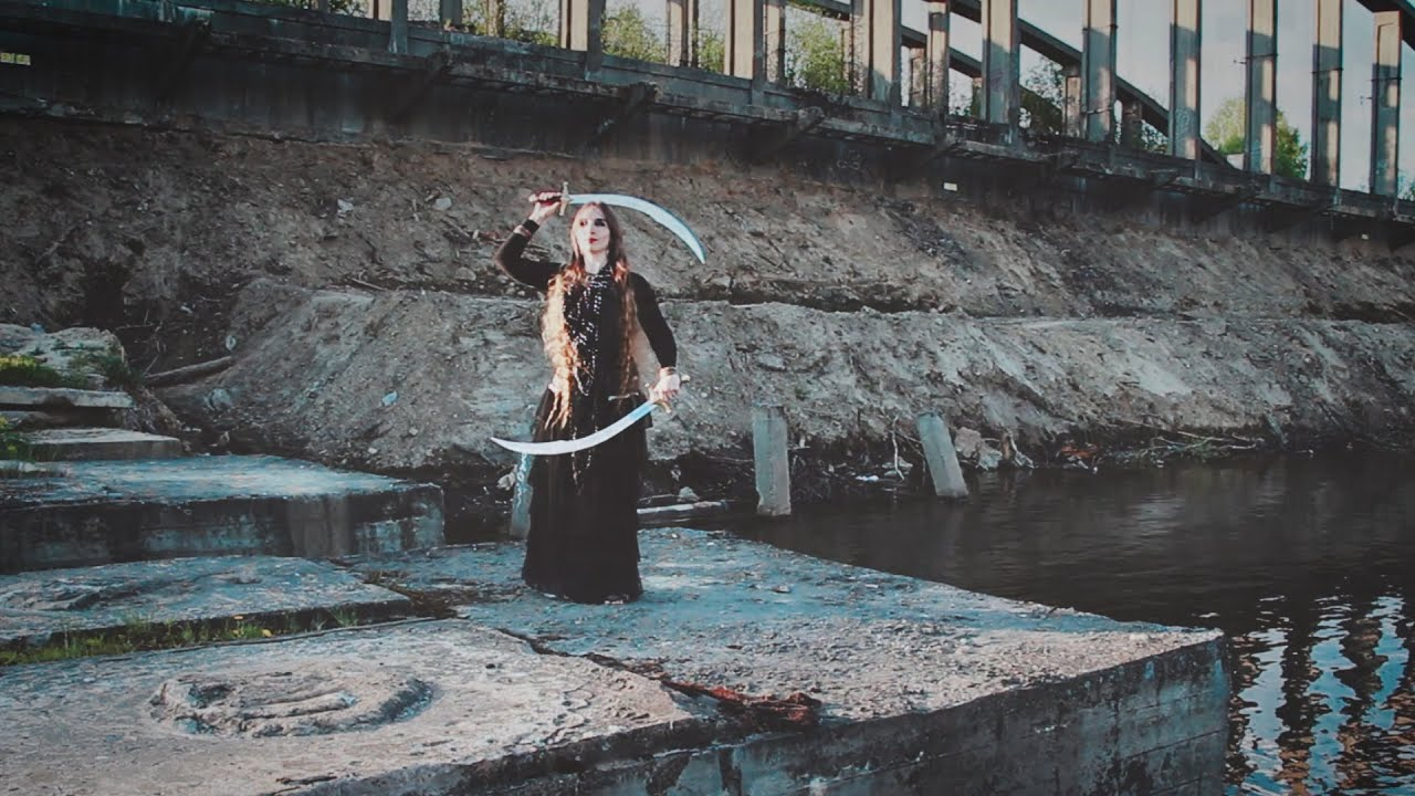 Tatiana Morgetta - double swords fusion - Dark Fusion COVEN Show