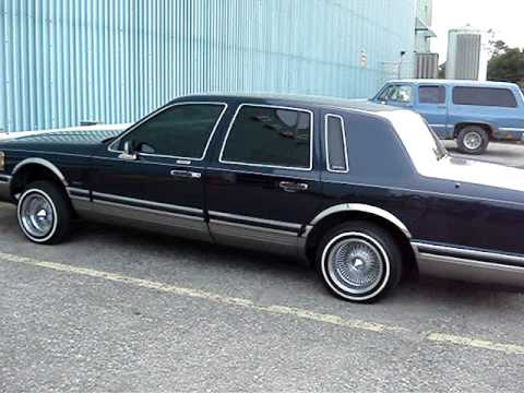 Lincoln Town Car On Air Youtube