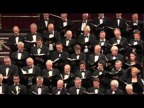 Royal Choral Society: 'Hallelujah Chorus' from Handel's Messiah