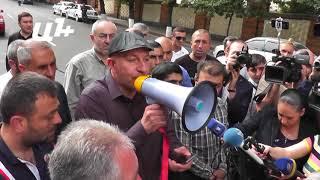 Ինչու էին  տաքսու վարորդները փակել Բաղրամյան փողոցը