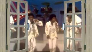 Lookin' Through The Windows ♥♥ The Jackson 5ive