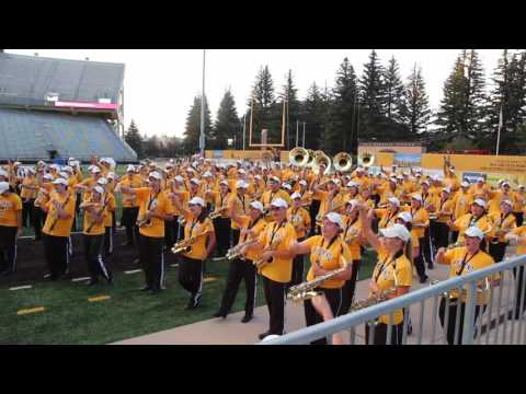 2016 University of Wyoming Marching Band Performs Beer Song