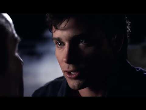 Download Smallville 7x10 - Bizarro talks to Brainiac at Suicide Slums