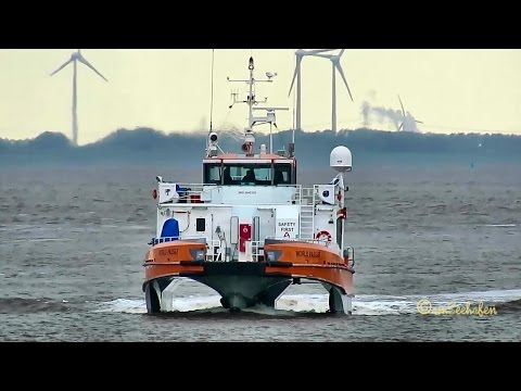 offshore crew boat WORLD PASSAT OWJS2 IMO 9642100 inbound Emden high speed craft